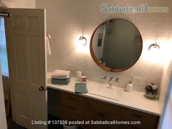 Three Bedroom Ranch in Cayuga Heights Overlooking Sunset Park Home Rental in Ithaca, New York, United States 6