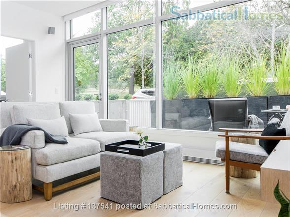 Luxury West Coast modern, furnished  1 bdrm suite, MONTHLY Rental  -  Beautiful walk to Ocean, Cook Street Village, Beacon Hill Park and to DT Victoria. Home Rental in Victoria, British Columbia, Canada 1