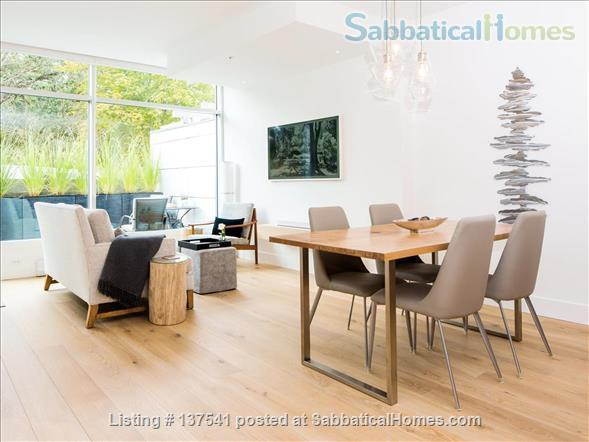 Luxury West Coast modern, furnished  1 bdrm suite, MONTHLY Rental  -  Beautiful walk to Ocean, Cook Street Village, Beacon Hill Park and to DT Victoria. Home Rental in Victoria, British Columbia, Canada 0