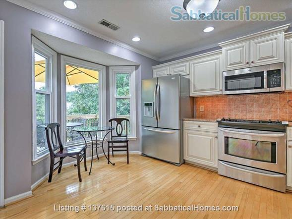 Townhouse close to UNC & Duke - 2br 2 1/2 ba Home Rental in Chapel Hill, North Carolina, United States 6