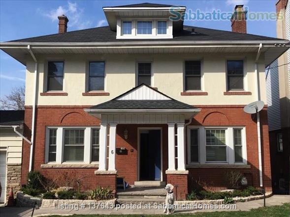 St Joseph's Drive Medical Accommodation  Home Rental in Hamilton, Ontario, Canada 1