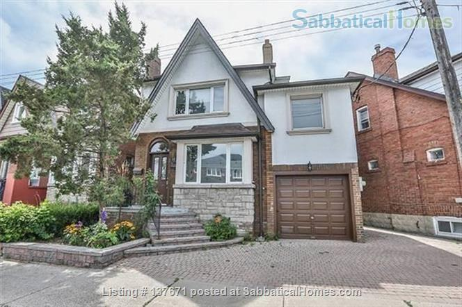 East York - Large detached  4 bedroom century home, child friendly Home Rental in Toronto, Ontario, Canada 1