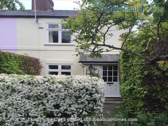 Elegant Cottage in Oxford Home Rental in Oxford, England, United Kingdom 1