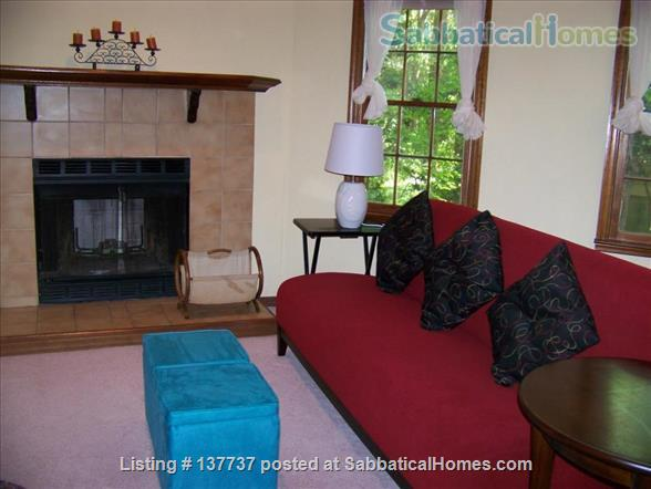 Tranquil cozy furnished townhome Home Rental in Gainesville, Florida, United States 2