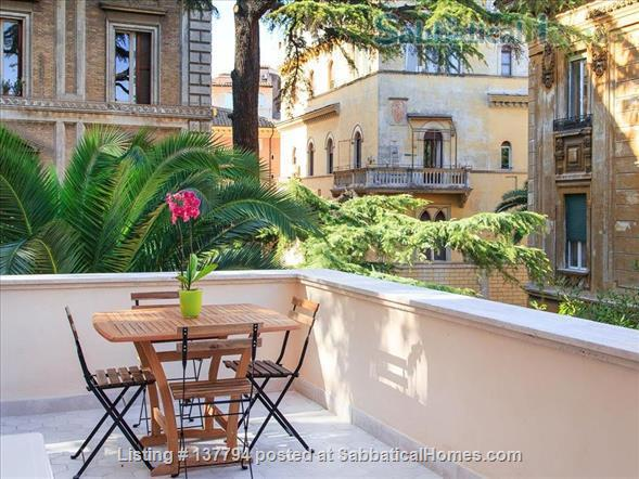 Terrace wonderful & spacious apartment in Rome city center Home Rental in Rome, Lazio, Italy 1