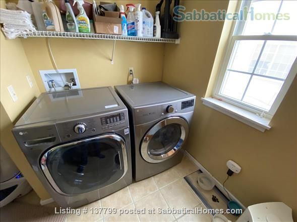 Beautiful Furnished House Close to University of Vermont Home Rental in South Burlington 9