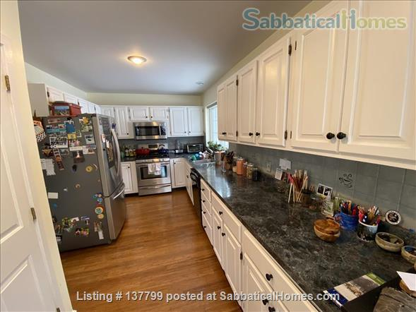 Beautiful Furnished House Close to University of Vermont Home Rental in South Burlington 2