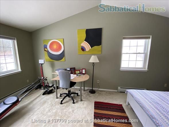 Beautiful Furnished House Close to University of Vermont Home Rental in South Burlington 7
