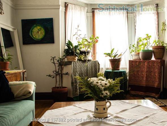 Large 2-bedroom Apartment in  Bloor West Village Home Rental in Toronto 0
