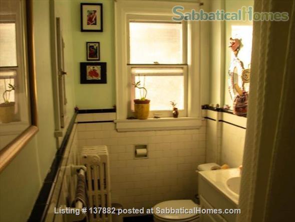 Large 2-bedroom Apartment in  Bloor West Village Home Rental in Toronto 6