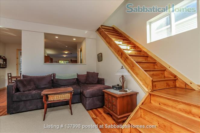 Furnished 2  Bedroom House- Two Storey with Parking -  Ottawa/Hull Home Rental in Gatineau, Québec, Canada 1