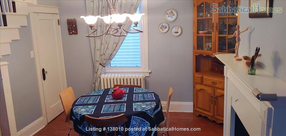 3 Bedroom home in Birch Cliff Heights Home Rental in Toronto, Ontario, Canada 5