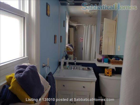 3 Bedroom home in Birch Cliff Heights Home Rental in Toronto, Ontario, Canada 8