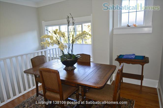 Cambridge By the Sea Home Rental in Victoria, British Columbia, Canada 1