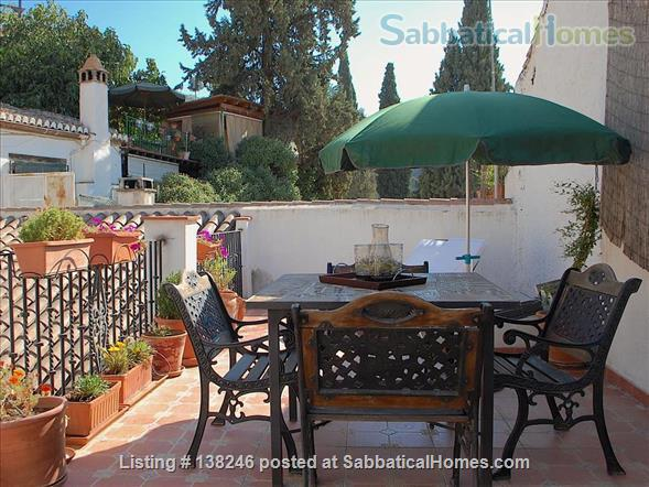 3 bed luxury apartment with Alhambra views  in Albayzín, Granada. Home Rental in Granada, Andalucía, Spain 7