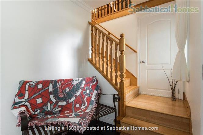 Vancouver Chateau. 3 Bedroom Home. Flexible Wk or Month Stays Min 1 Month. Home Rental in Vancouver, British Columbia, Canada 9