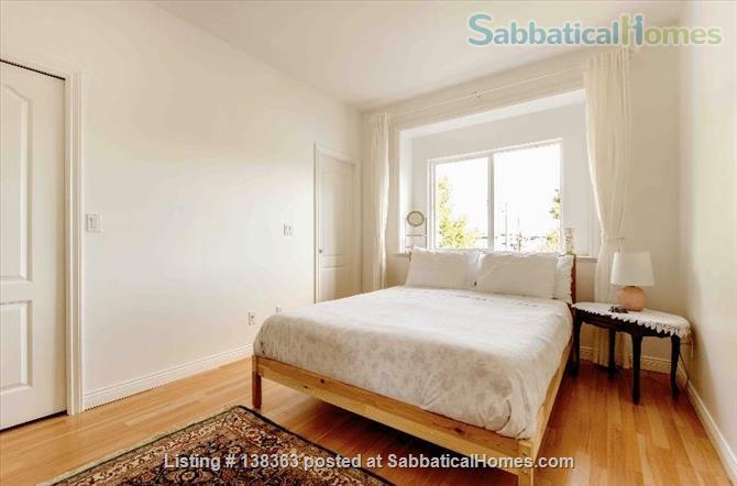 Vancouver Chateau. 3 Bedroom Home. Flexible Wk or Month Stays Min 1 Month. Home Rental in Vancouver, British Columbia, Canada 5