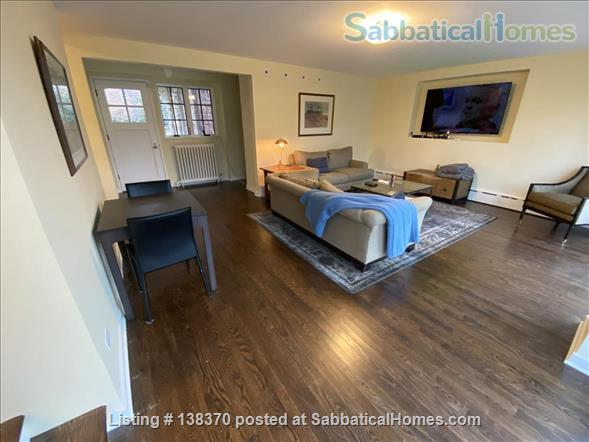 Historic, rehabbed and furnished 4bed/3½bath home near Northwestern Home Rental in Evanston, Illinois, United States 5
