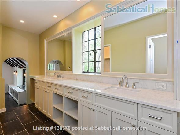 Historic, rehabbed and furnished 4bed/3½bath home near Northwestern Home Rental in Evanston, Illinois, United States 6