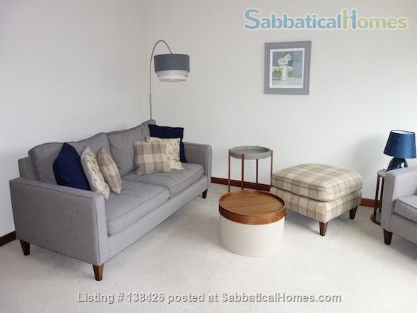 Lovely two bedroom apartment – quiet leafy area, close to Edinburgh universities Home Rental in Edinburgh, Scotland, United Kingdom 0