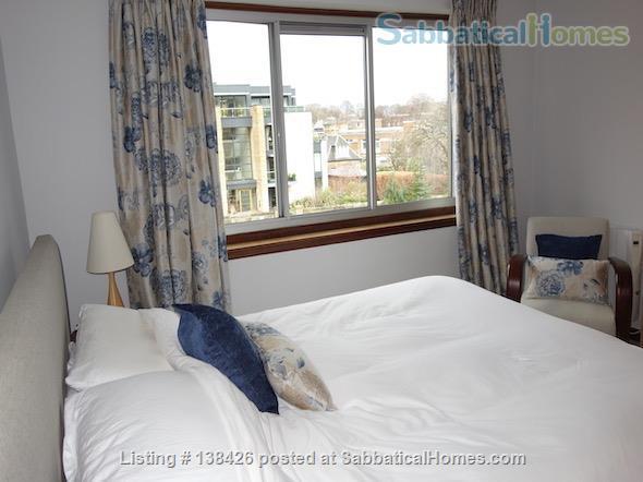 Lovely two bedroom apartment – quiet leafy area, close to Edinburgh universities Home Rental in Edinburgh, Scotland, United Kingdom 3