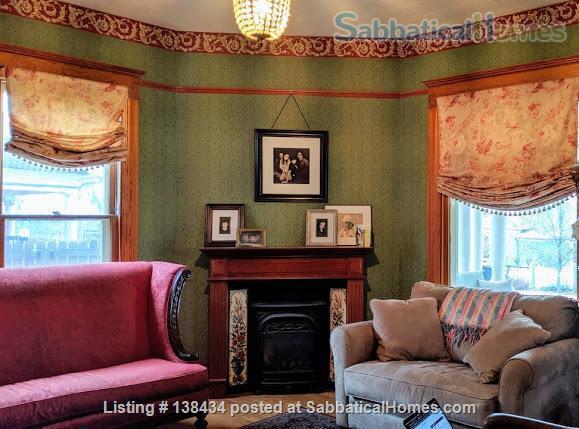 FURNISHED MAPLETON HILL RENTAL Home Rental in Boulder, Colorado, United States 3