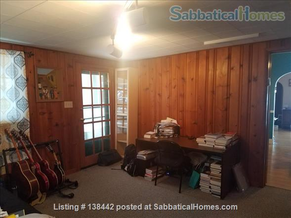 Charming Light Filled Home Near Campus Home Rental in South Bend, Indiana, United States 4