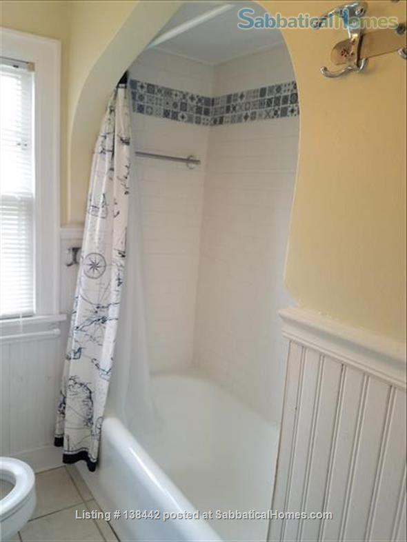 Charming Light Filled Home Near Campus Home Rental in South Bend, Indiana, United States 8