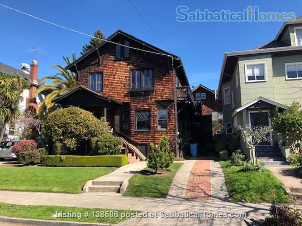 Charming Elmwood Writers' Retreat Berkeley, California Perfect Location  Home Rental in Berkeley, California, United States 1