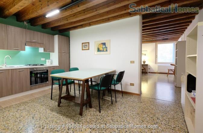 Silent apartement in the heart of Venice Home Rental in Venice, Veneto, Italy 9