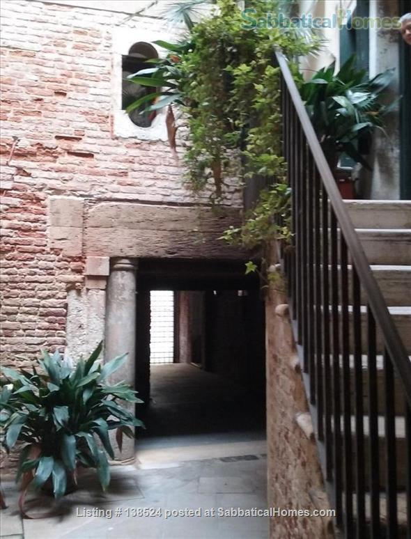 Silent apartement in the heart of Venice Home Rental in Venice, Veneto, Italy 1