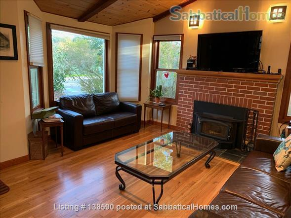 4 BR family home, near beach, UCSC, and downtown Santa Cruz Home Rental in Santa Cruz, California, United States 2