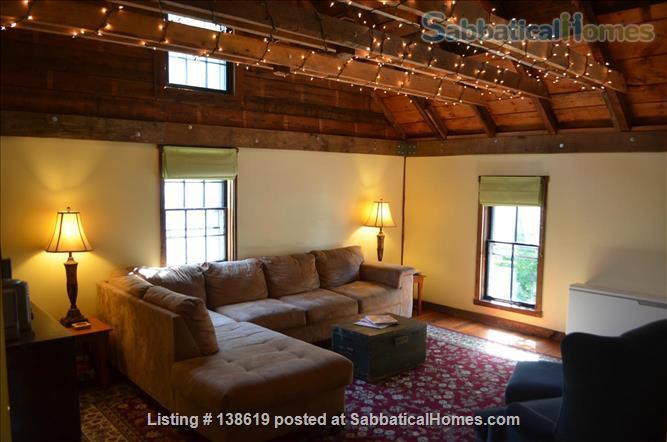 Bowdoin College Carriage Apartment Historic Brunswick Home Rental in Brunswick, Maine, United States 3