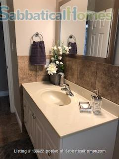 Your Luxury Home-away-from-Home Retreat Home Rental in Kingston, Ontario, Canada 7