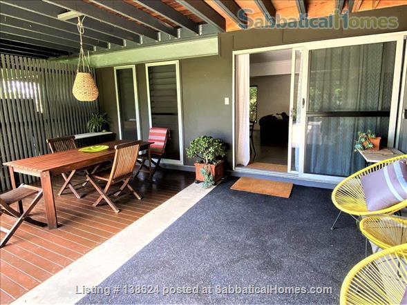 Urban Apartment Bush Retreat Home Rental in Bardon, Queensland, Australia 0