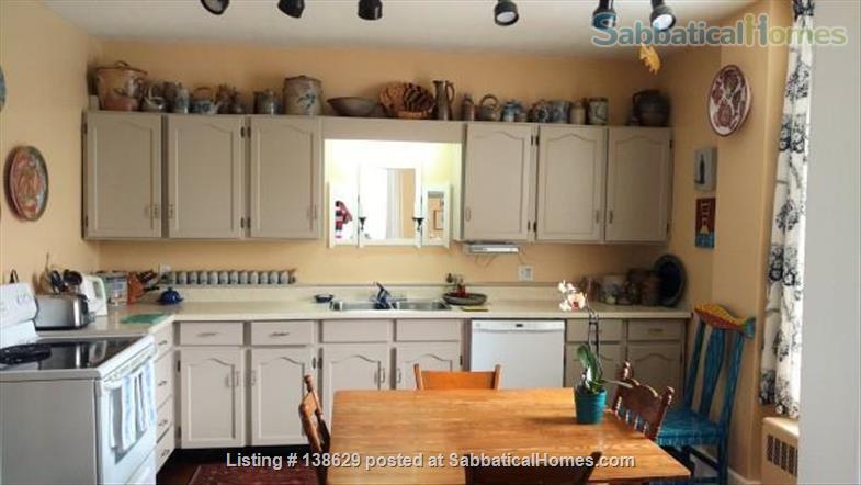 I5 Park Street East Home Rental in Hamilton, Ontario, Canada 2
