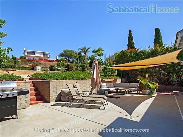Lovely Mid Century Home With Spacious Patio, Yard, Views and Bonus Cat Home Rental in San Diego, California, United States 1
