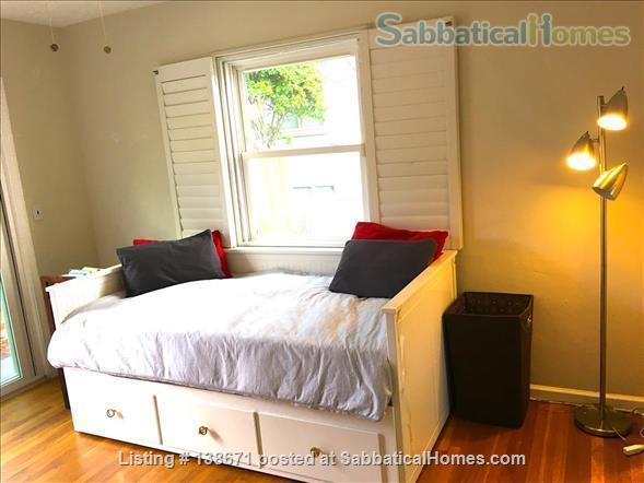 Lovely Mid Century Home With Spacious Patio, Yard, Views and Bonus Cat Home Rental in San Diego, California, United States 4
