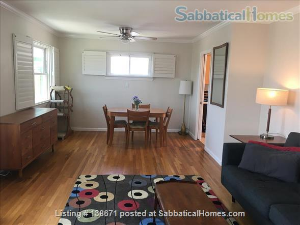 Lovely Mid Century Home With Spacious Patio, Yard, Views and Bonus Cat Home Rental in San Diego, California, United States 8