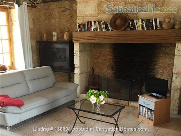Delightful renovated farmhouse with pool near Périgueux, Dordogne, Sleeps 2-6 Home Rental in Savignac-les-Églises, Nouvelle-Aquitaine, France 5