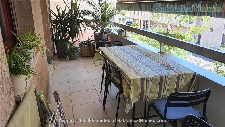 Outstanding location Tete d'Or - Vitton, 105 m2, fully equipped family apartment, terraces, shops, metro A Line, public and private schools Home Rental in Lyon, Auvergne-Rhône-Alpes, France 9