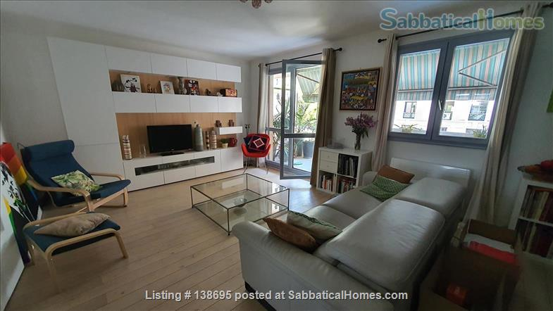 Outstanding location Tete d'Or - Vitton, 105 m2, fully equipped family apartment, terraces, shops, metro A Line, public and private schools Home Rental in Lyon, Auvergne-Rhône-Alpes, France 1