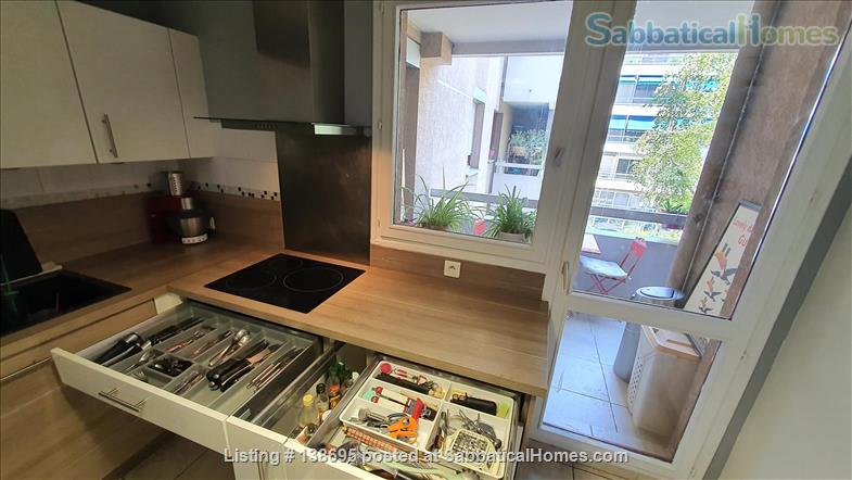 Outstanding location Tete d'Or - Vitton, 105 m2, fully equipped family apartment, terraces, shops, metro A Line, public and private schools Home Rental in Lyon, Auvergne-Rhône-Alpes, France 2