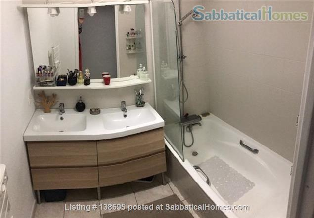 Outstanding location Tete d'Or - Vitton, 105 m2, fully equipped family apartment, terraces, shops, metro A Line, public and private schools Home Rental in Lyon, Auvergne-Rhône-Alpes, France 6