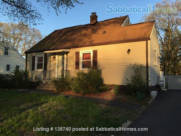 Fully-furnished 4 bedroom / 1.5 bedroom house with Utils and Wifi in North Haven, CT Home Rental in North Haven, Connecticut, United States 5