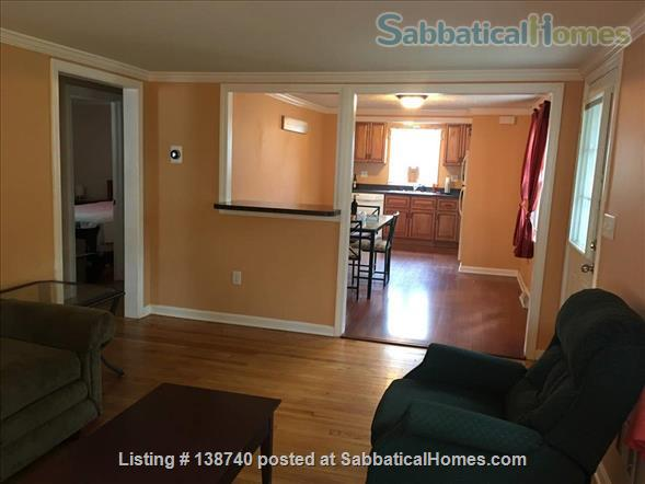 Fully-furnished 4 bedroom / 1.5 bedroom house with Utils and Wifi in North Haven, CT Home Rental in North Haven, Connecticut, United States 7