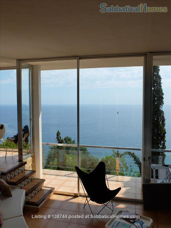 Designer's contemporary steel, glass and rock house on Costa Brava Home Rental in Canyet de Mar, CT, Spain 5