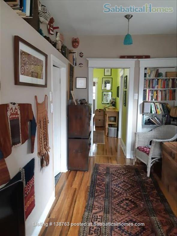 Attractive flat with garden, steps to subway Home Rental in Toronto, Ontario, Canada 6