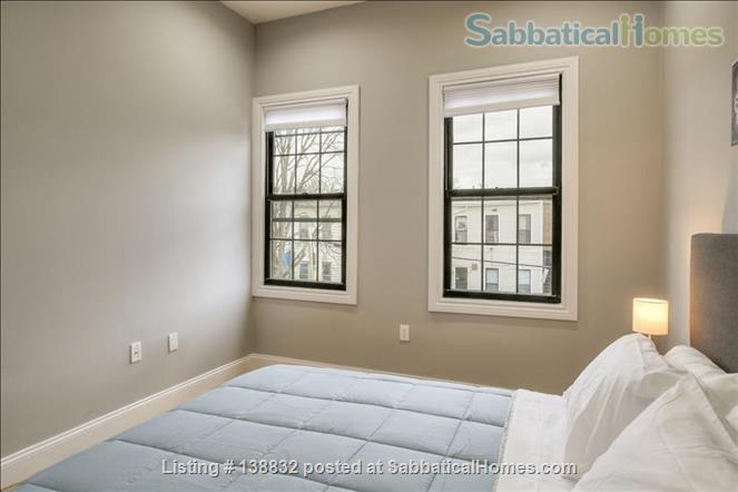 Skylight 83 Home Rental in Cypress Hills, New York, United States 6