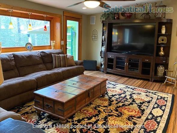 Elegant Rustic Retreat Home Rental in Pittsboro, North Carolina, United States 2